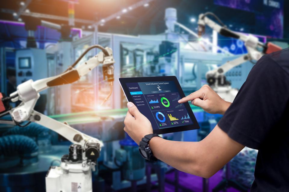 AI-adoption-for-manufacturing