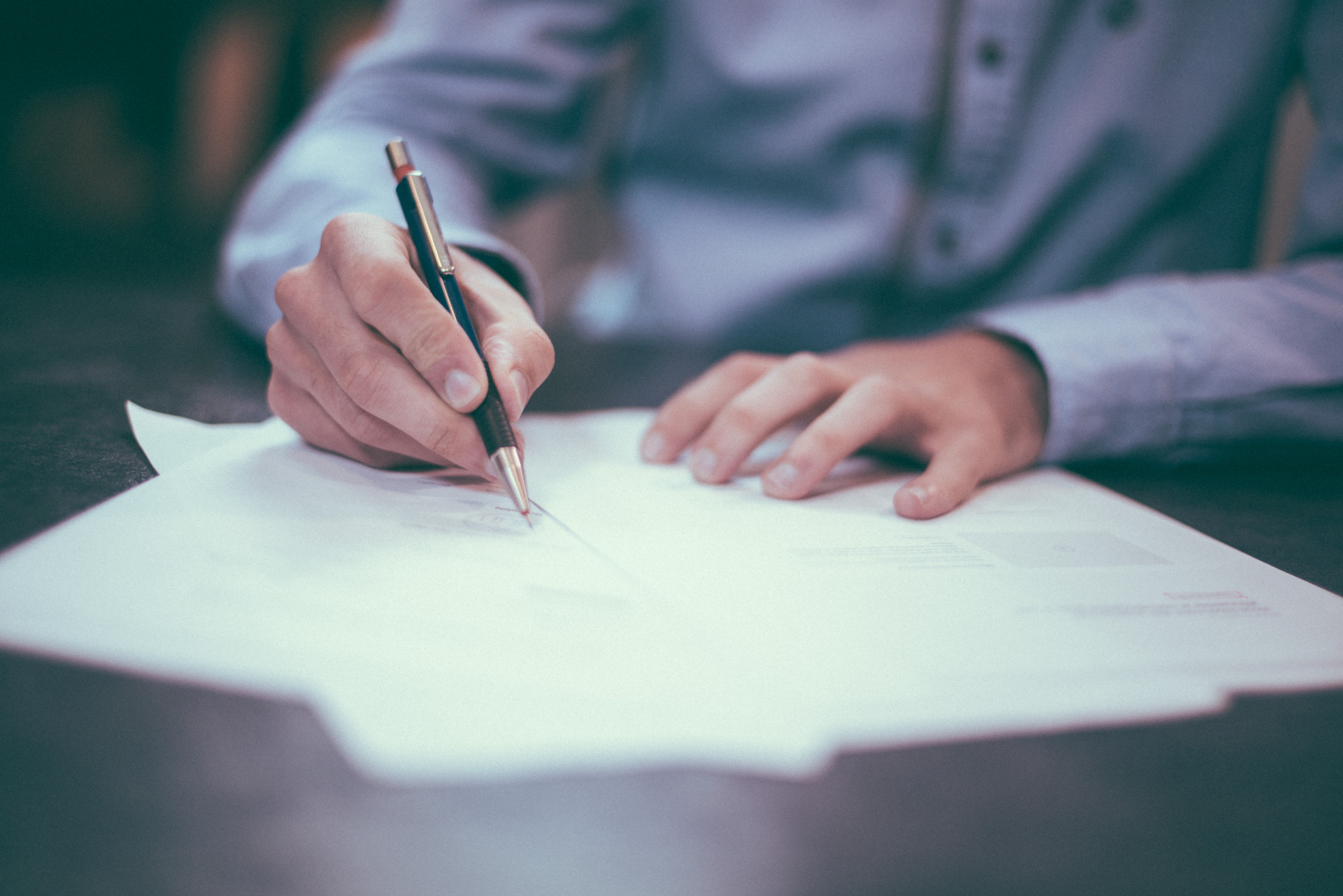 Failure to fine-tune the contract for the project